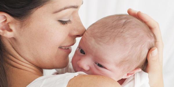 新生児の赤ちゃん