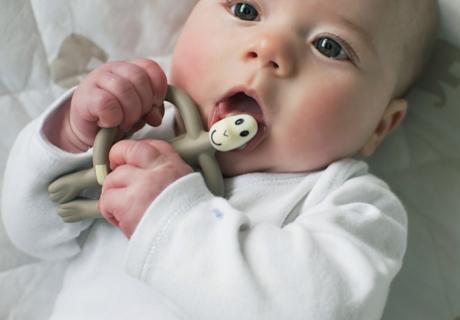 生後5ヶ月の赤ちゃん