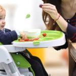 赤ちゃんが離乳食の時に椅子を嫌がる時の対処法!座ってくれる方法とは?